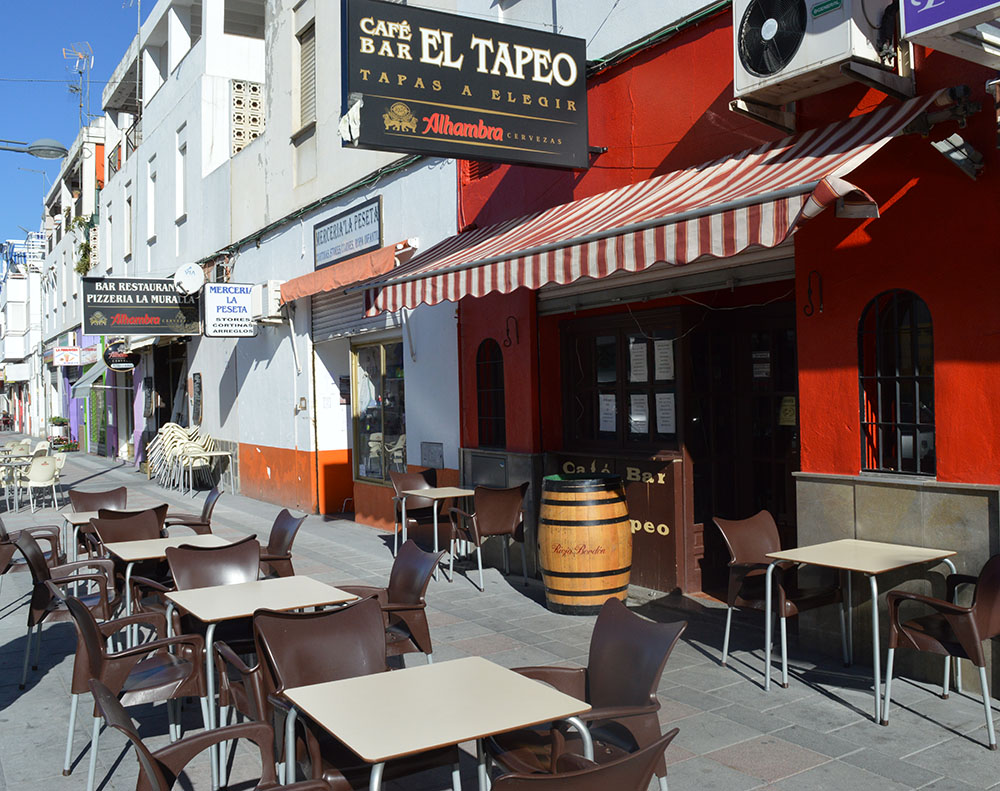 Outside - El Tapeo